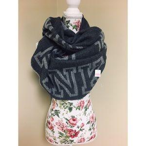NWT VS Pink grey blanket scarf